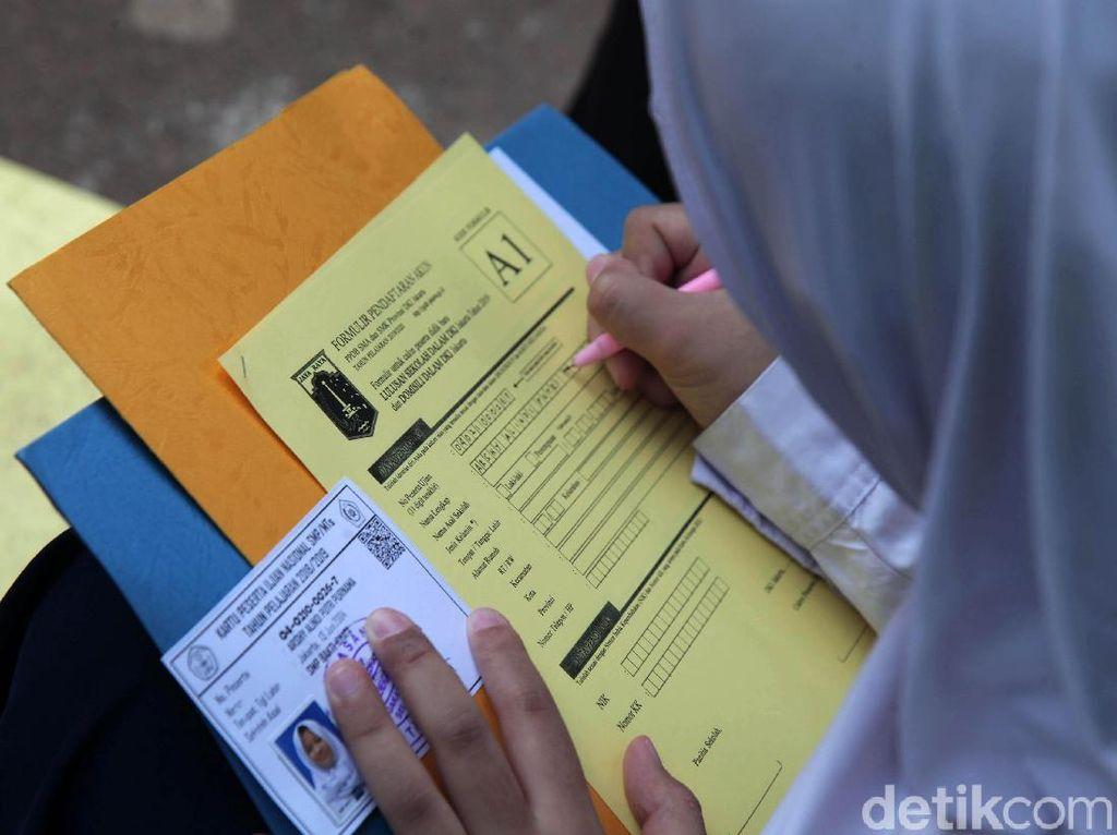 Beda dengan Permendikbud, DKI Tetapkan Zonasi Penerimaan Siswa Baru 40%