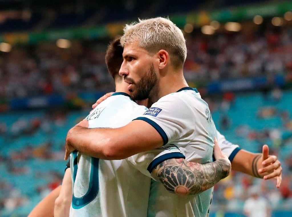 Qatar vs Argentina: Menang 2-0, Tim Tango Lolos ke Perempatfinal