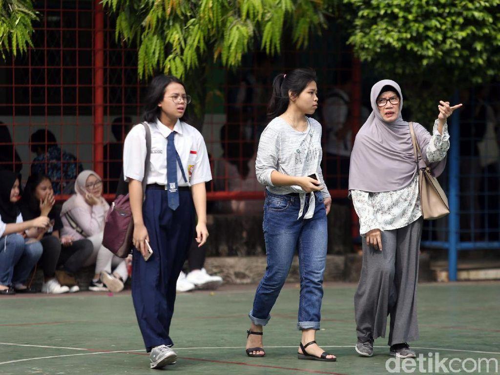 Ortu Bandingkan Sistem PPDB DKI dan Depok: Kok di Jakarta Pakai Umur?