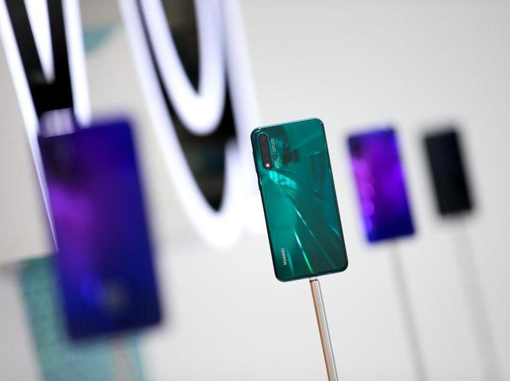 Penampilan Huawei Nova 5 Pro yang Gahar Tapi Menawan