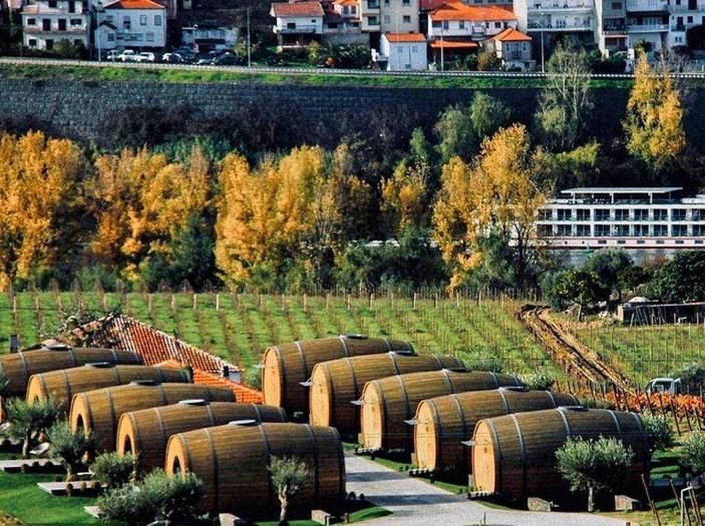 Liburan ke Portugal, Bisa Menginap di dalam Tong Anggur