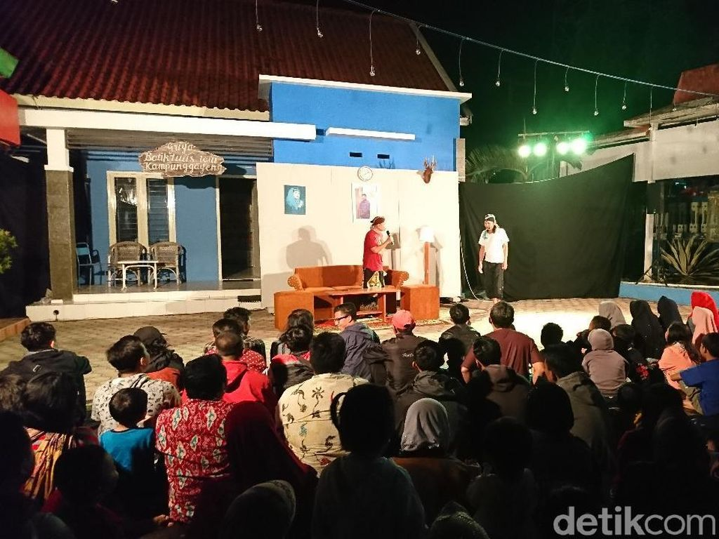 Seniman Tulungagung Hidupkan Kembali Seni Sandiwara Bahasa Jawa