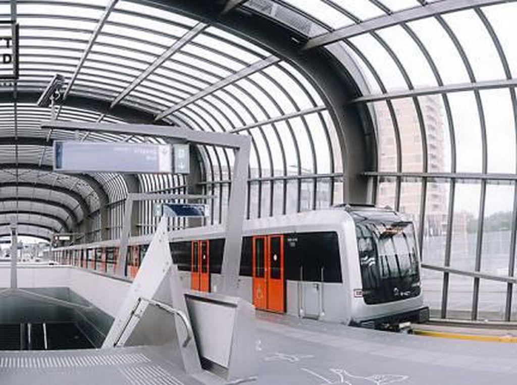 Mengintip Megahnya Metro Line, MRT nya Amsterdam