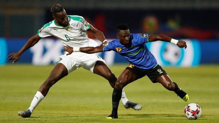 Hasil Piala Afrika 2019: Senegal 2-0 Tanzania. (Foto: Amr Abdallah Dalsh / Reuters)
