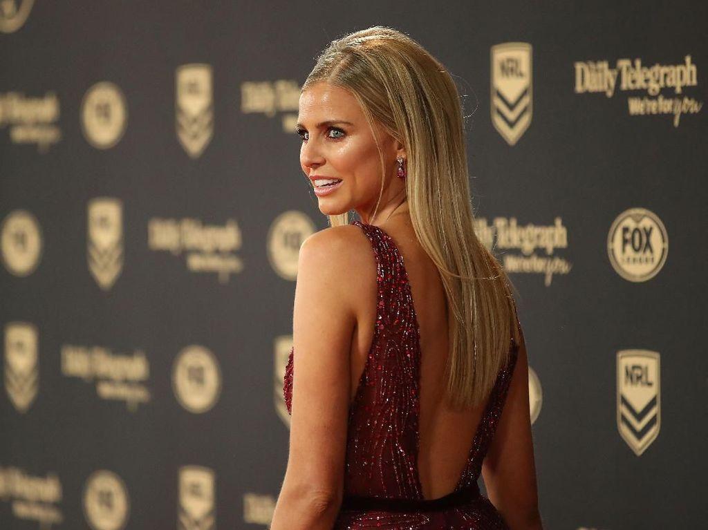 Heboh Disebut Telantar, Eks Miss Universe Aussie Diklarifikasi Imigrasi Bali
