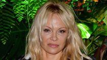 Pamela Anderson Hancur Setelah Diselingkuhi Bek Prancis Adil Rami