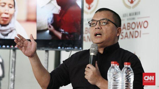 Denny Indrayana sempat menjadi tim kuasa hukum pasangan Prabowo Subianto-Sandiaga Uno saat sengketa hasil Pilres 2019 di Mahkamah Konstitusi