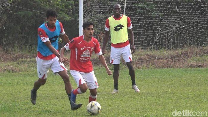 Semen Padang akan menggelar evaluasi total usai laga melawan Persipura Jayapura di pekan kelima Liga 1 2019. (Foto: Jeka Kampai/detikSport)