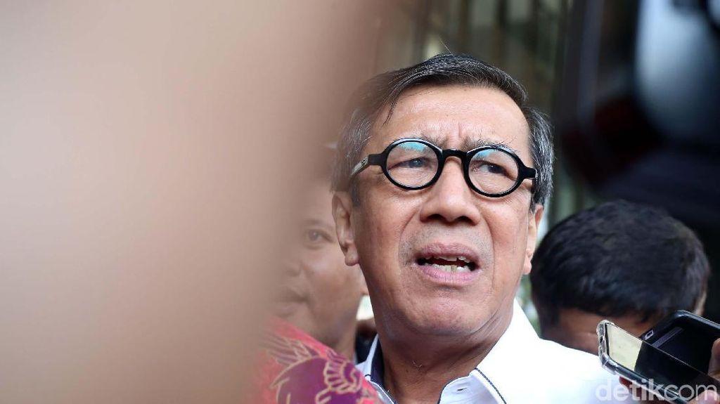 Ekpresi Menteri Yasonna Usai 4 Jam Diperiksa KPK