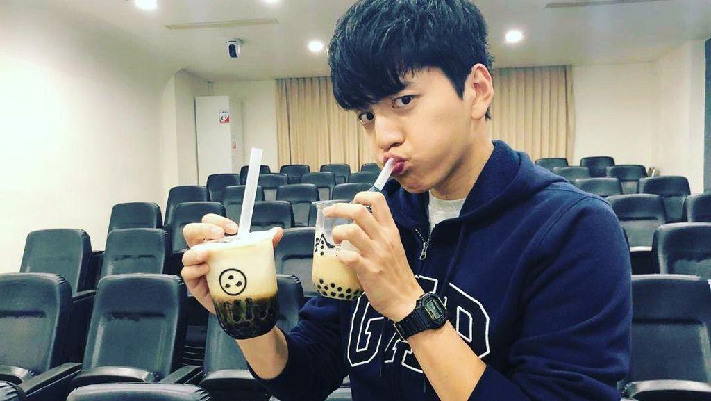 Ini Darren Wang, Aktor Tampan Asal Taiwan yang Doyan Minum Bubble Tea