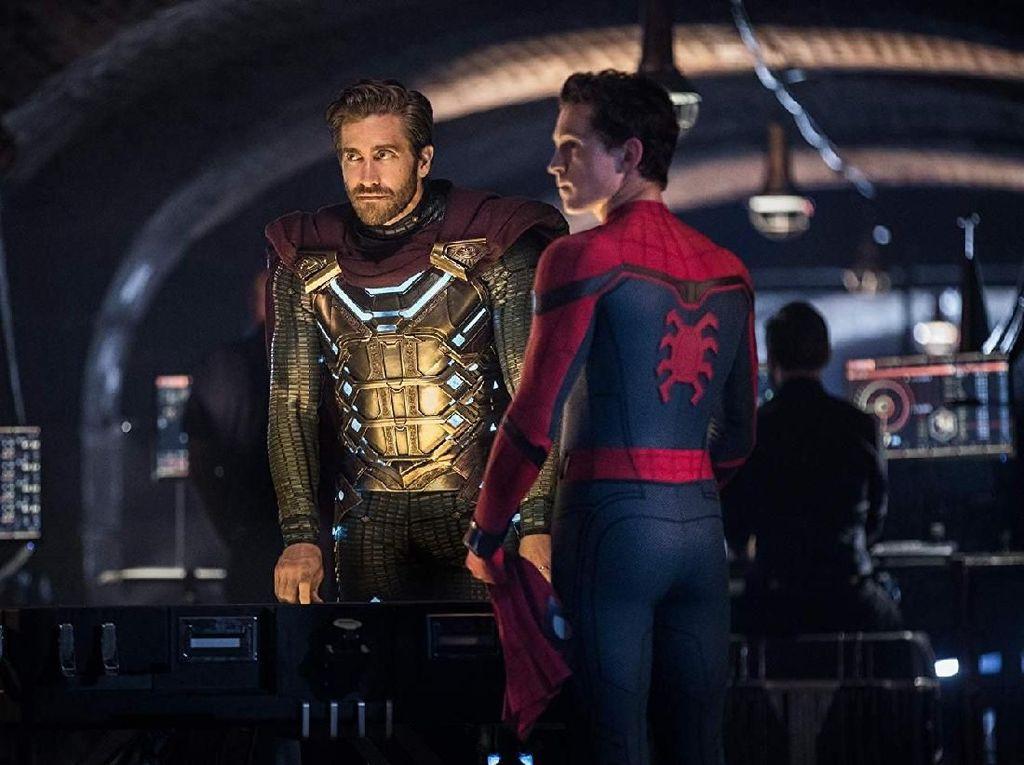 Ternyata Spider-Man Fans Berat Mysterio