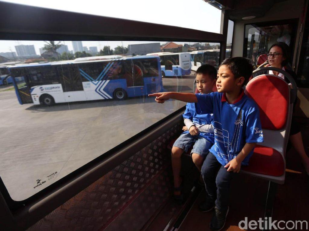 Serunya Edukasi Pengenalan Transportasi Publik Sejak Dini