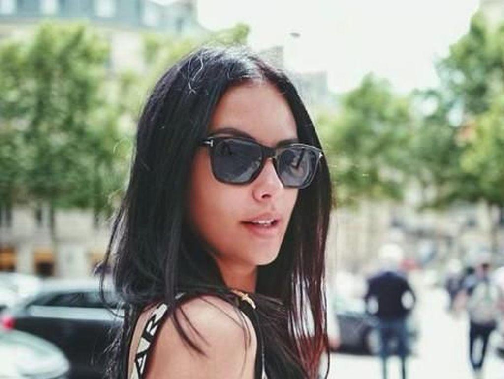 Liburan di Eropa, Gaya Sophia Latjuba ABG Banget