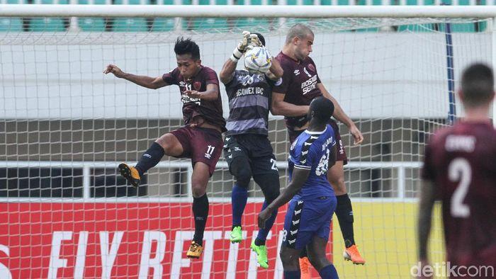 PSM Makassar menjaga rekor tak terkalahkannya di Stadion Pakansari, saat menekuk Becamex Binh Duong di leg kedua semifinal Zona ASEAN Piala AFC 2019, Rabu (26/6/2019). (Foto: Rifkianto Nugroho/detikSport)