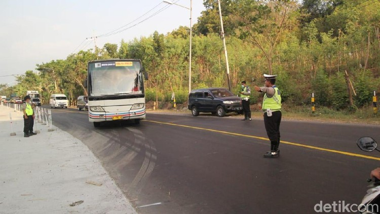 Razia Digelar di Probolinggo Cegah Massa ke Jakarta Jelang Putusan MK