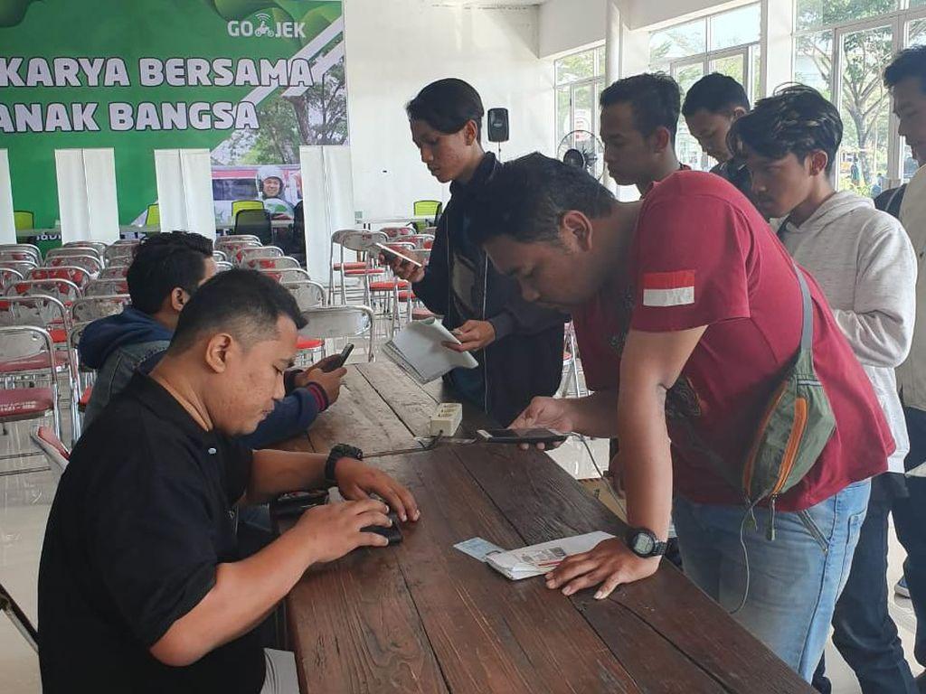Pendaftar Driver Membeludak, Go-Jek Solo Buka Jalur Online