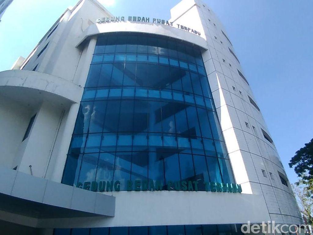 Petunjuk Tim Dokter RSU Soetomo Risma Diwajibkan Makan Bubur