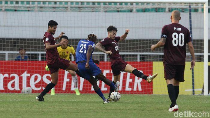PSM Makassar tersingkir dari Piala AFC 2019, kendati menang 2-1 atas Becamex Binh Duong di leg kedua semifinal Zona ASEAN. (Foto: Rifkianto Nugroho/detikSport)