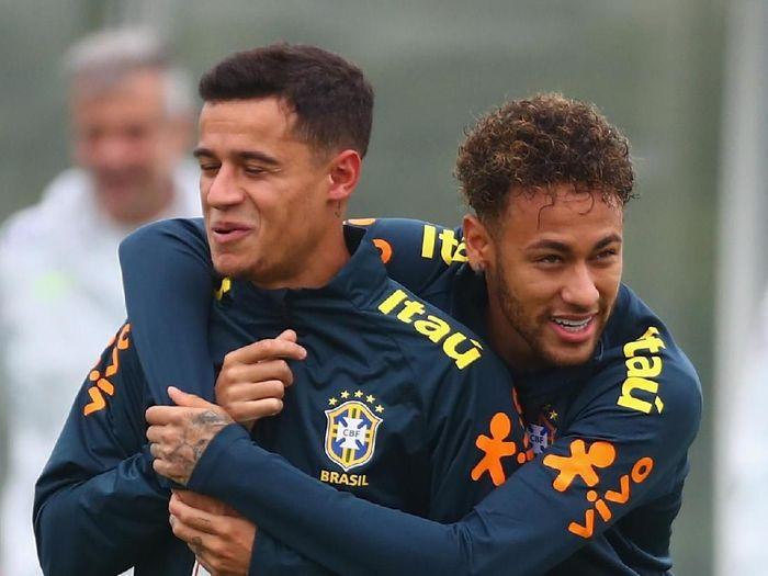 Barcelona mengajukan tukar tambah, termasuk di dalamnya Philippe Coutinho, untuk mendapatkan Neymar (Clive Rose/Getty Images)