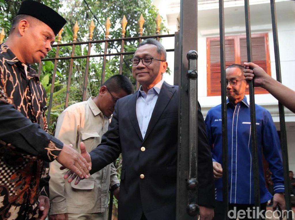 Nobar Belum Usai, Zulkifli Hasan Tinggalkan Kertanegara