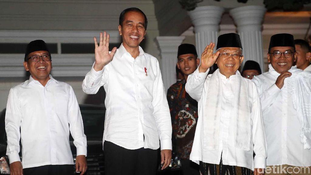 Senyum Ceria Jokowi-Maruf Jelang Putusan Sidang Sengketa Pilpres