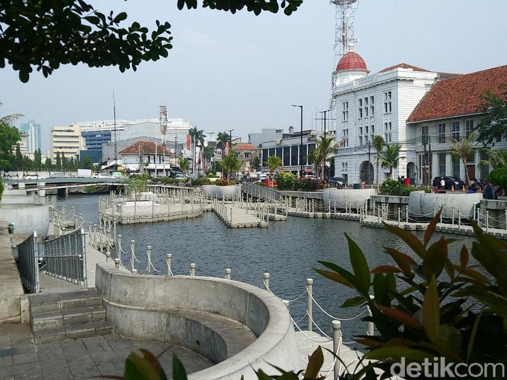 Di Monas Ada Sidang MK, Tamasya ke Kota Tua Jakarta Saja