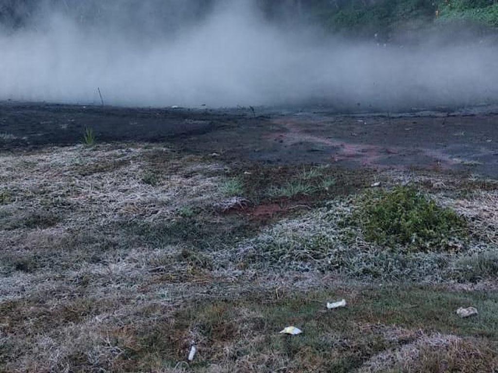 Melihat Lebih Dekat Embun Upas di Kawasan Gunung Semeru