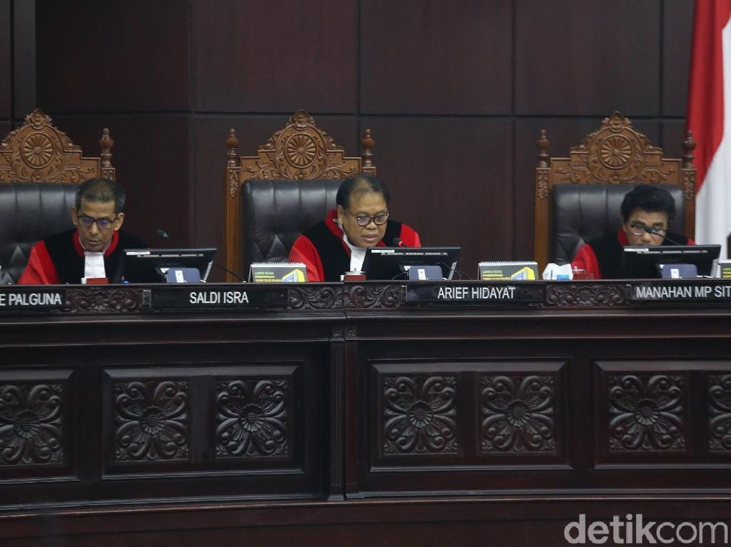 MK Tegaskan Dana Kampanye Jokowi-Maruf Sesuai Aturan
