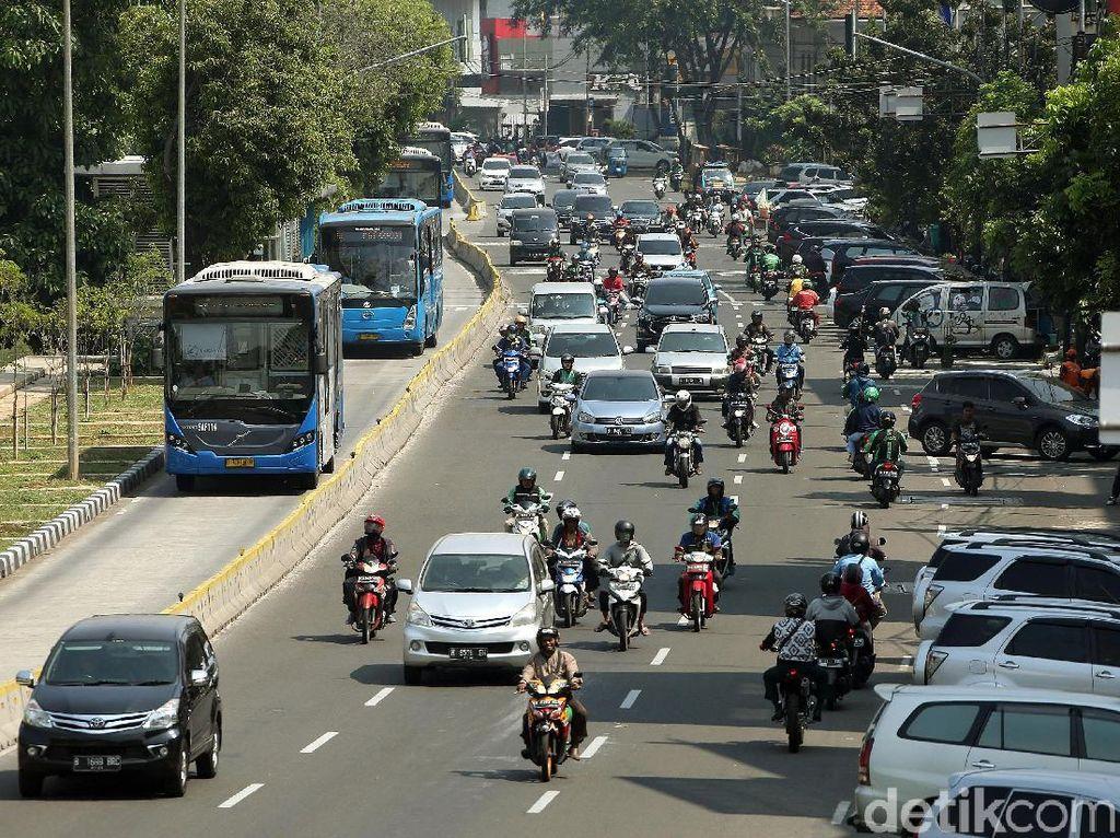 Umur Kendaraan Perlu Dibatasi, Mesin dan Keamanannya Sudah Berkurang