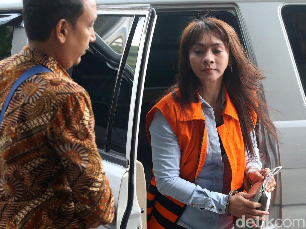 Kembali Ditangkap, Eks Bupati Sri Wahyumi Gugat KPK