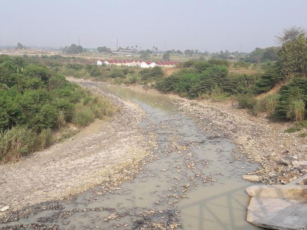 Sungai Mengering, 3 Desa di Kabupaten Bekasi Kekurangan Air Bersih