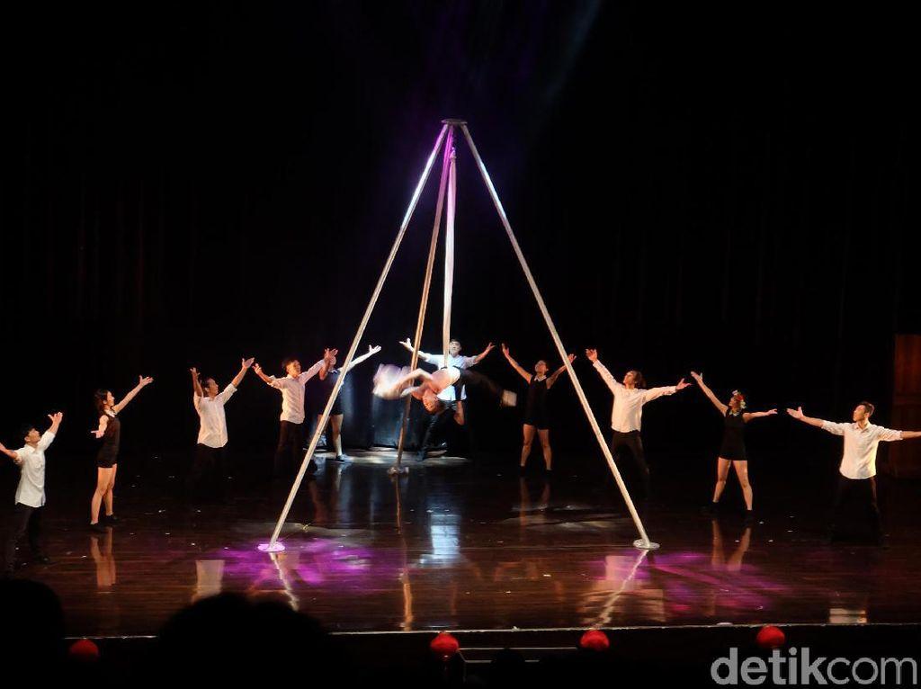 Perdana di Jakarta! Yuk Mengenal Kelompok Teater Sirkus Modern Taiwan