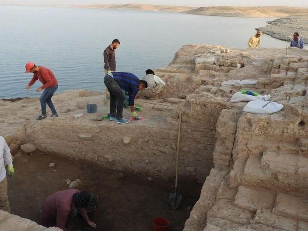 Reruntuhan Bangunan Istana Kuno Berusia 3.400 Tahun Ditemukan di Irak
