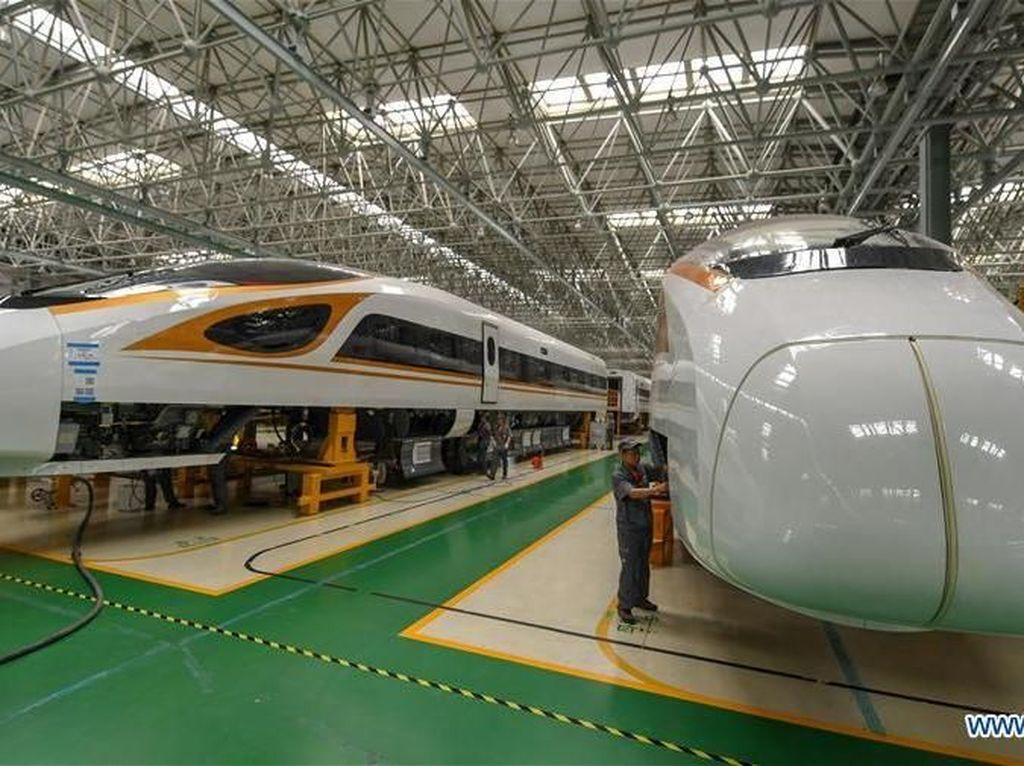 Kereta Cepat Jakarta-Semarang Butuh Duit Rp 100 T