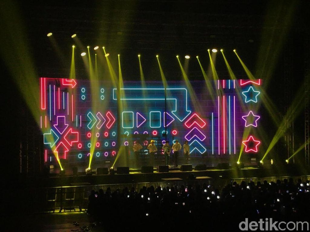 Panas! Dance Energik Kim Jaehwan Buka Fanmeeting MIN:D Jakarta