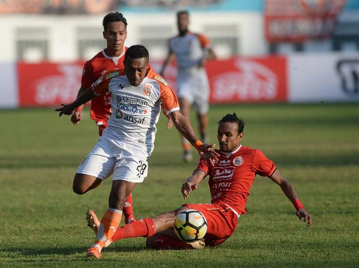 Persija Jakarta di semifinal Piala Indonesia 2018-2019. (Foto: M Risyal Hidayat/Antara)