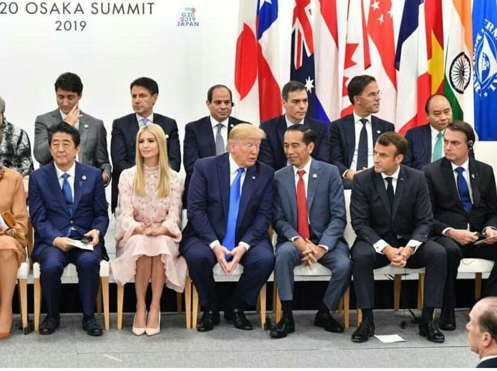 Momen Akrab Jokowi Bareng Trump dan Pemimpin Dunia di G20