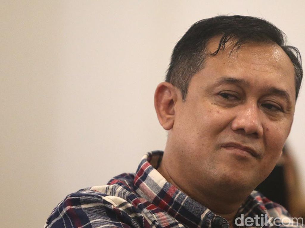Mengusut Kebocoran Data Denny Siregar di Media Sosial