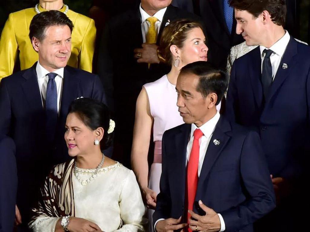 Hari Kedua G20, Jokowi Maraton Pertemuan Bilateral
