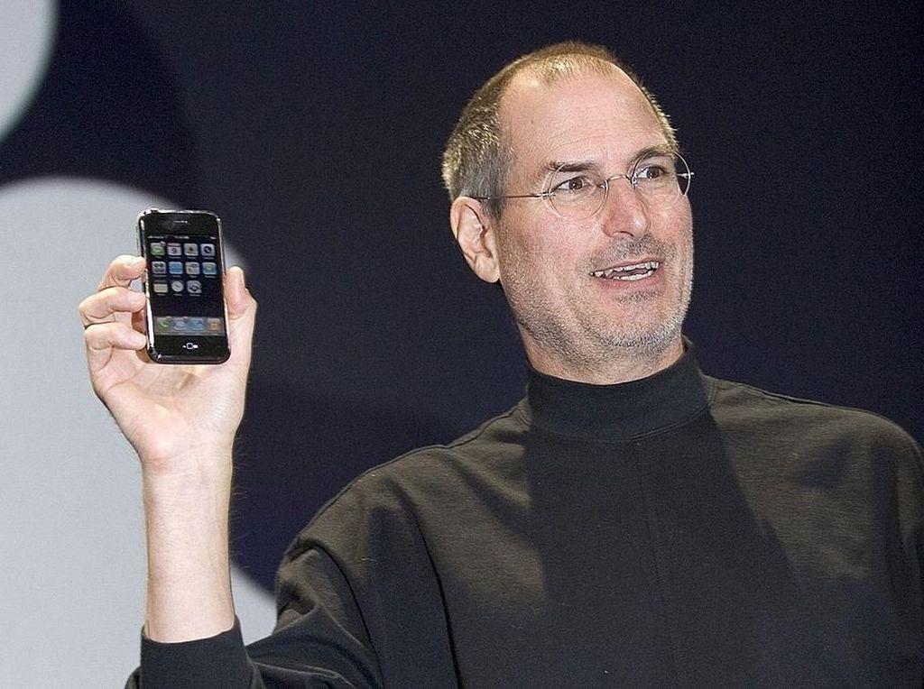 9 Hal yang Disombongkan Steve Jobs Saat Kelahiran iPhone