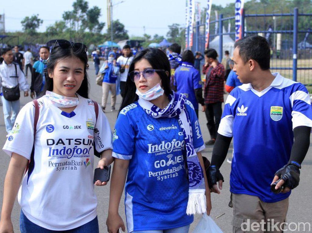 Bobotoh Mulai Birukan Si Jalak Harupat Jelang Persib vs Bhayangkara FC