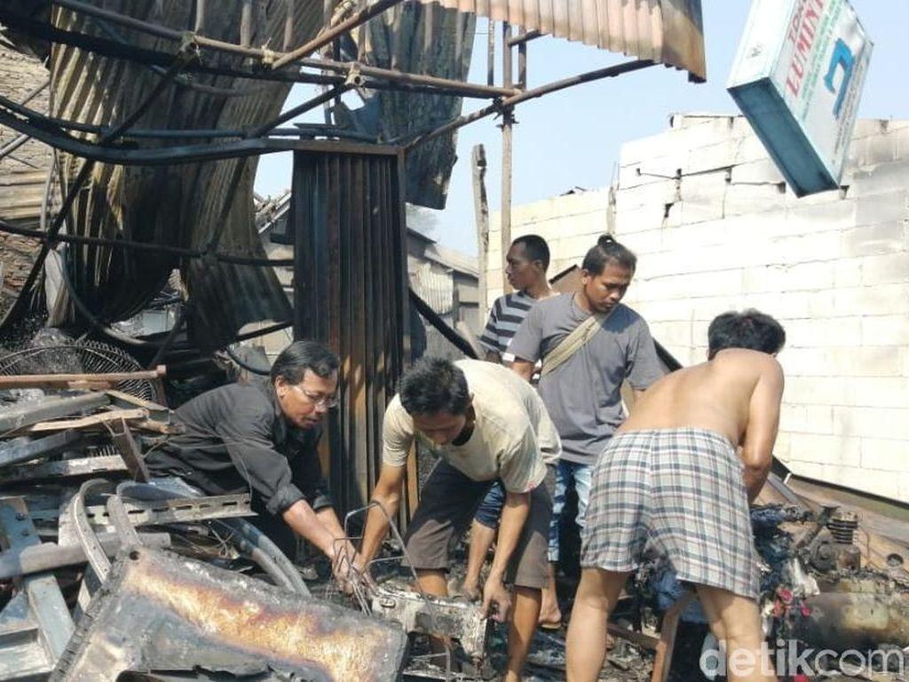 Kebakaran di Tanah Abang Padam, 66 Bangunan Hangus