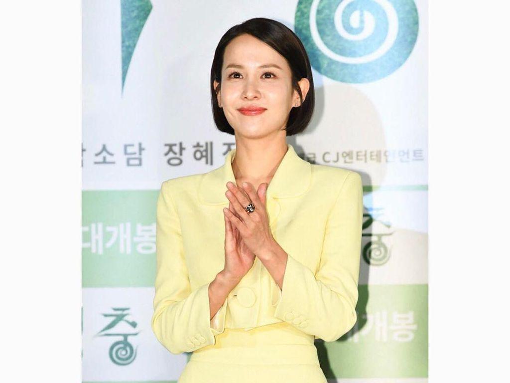 Cantiknya Cho Yeo Jung, Aktris Parasite yang Diet 360 Hari Dalam Setahun
