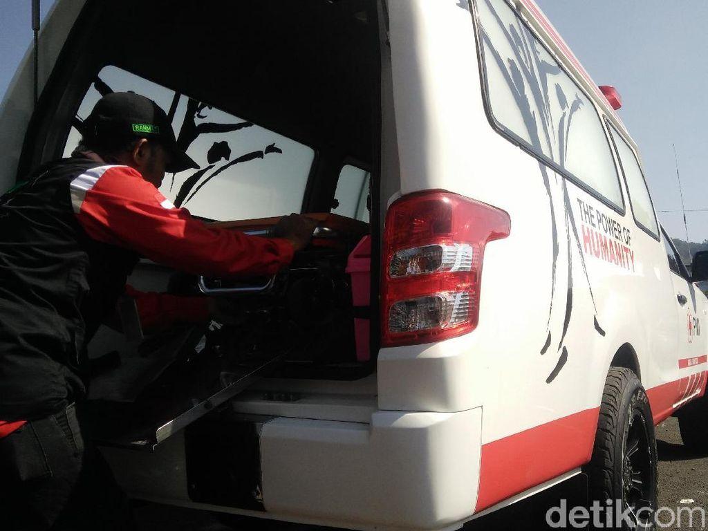 Kesedihan Sopir Ambulans Tak Bisa Selamatkan Pasien COVID-19