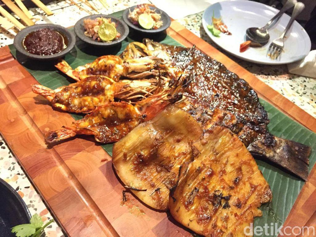 Bebek Betutu dan Seafood Platter ala Jimbaran Ada di Resto Bali Ini