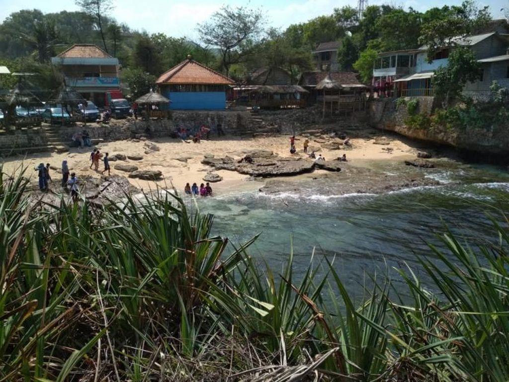 Liburan Sekolah di Yogya, ke Pantai Slili Yuk