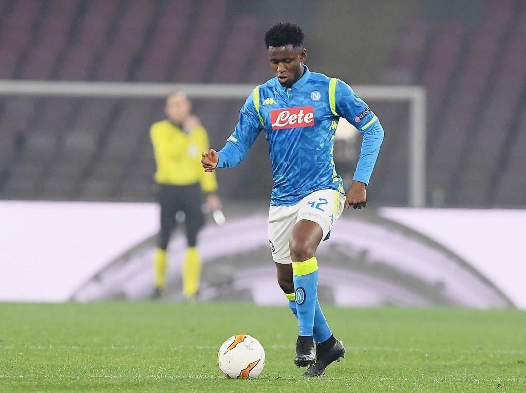 AS Roma Boyong Amadou Diawara dari Napoli