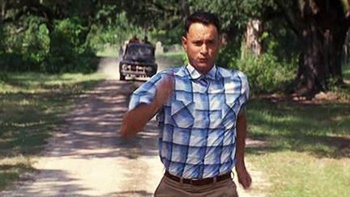 Tom Hanks dalam Forrest Gump/Foto: Forrest Gump (imdb.)