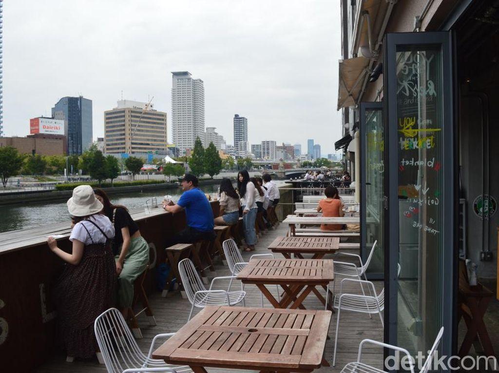 Foto: Tempat Makan Siang Favorit Turis di Osaka