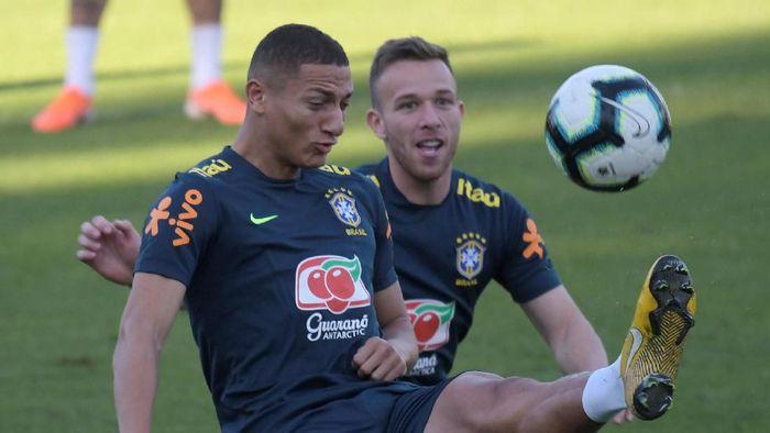 Brasil akan bertemu Argentina di semifinal Copa America 2019. Duel kedua tim berlangsung di Estadio Mineirao, Belo Horizonte, Rabu (3/7/2019) pagi WIB. (Foto: Luisa Gonzalez/Reuters)